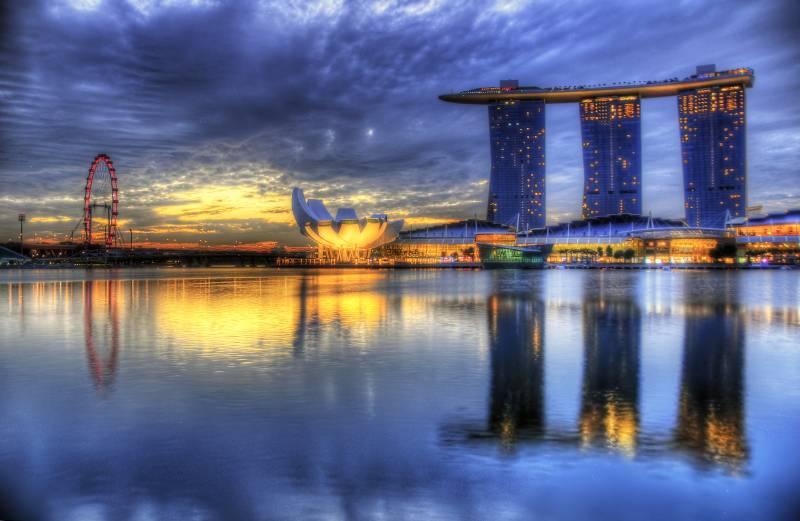 Fond cran shanghai ville exposition universelle for Singapour hotel piscine sur le toit