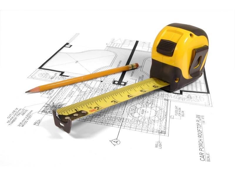 Metre et crayon sur plan architecte ideal pour burea pc for Outils architecte