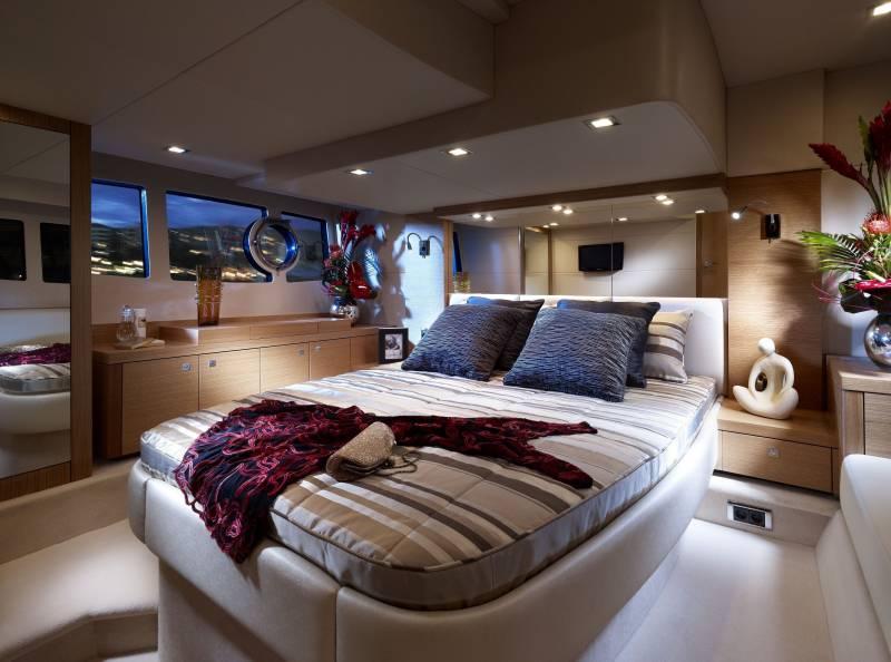 Fond ecran interieur bateau yacht de luxe chambre luxueuse for Yacht de luxe interieur